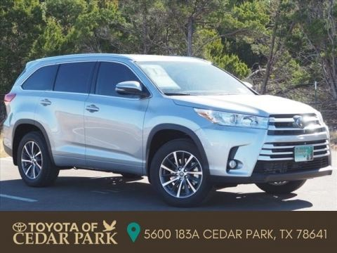New 2018 Toyota Highlander XLE With Navigation