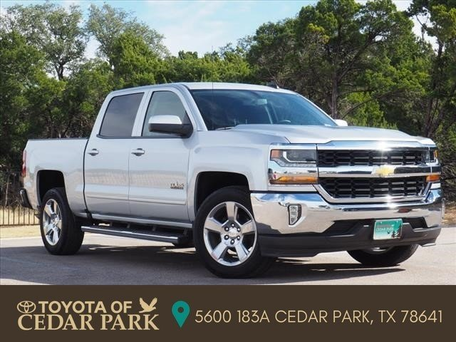 Pre Owned 2017 Chevrolet Silverado 1500 Lt Crew Cab Pickup In Cedar