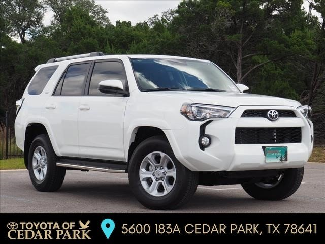 New 2019 Toyota 4Runner 4X4 SR5 V6 With Navigation & 4WD
