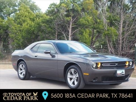 Pre-Owned 2019 Dodge Challenger SXT RWD 2dr Car